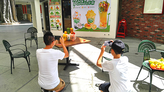 Behind-the-scenes with some of the team at Tbaar. This hidden gem on Las Vegas Blvd. makes all their smoothies with fresh fruit, which really helps to make for some great photos!